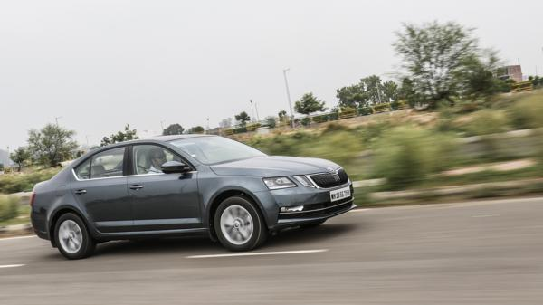 2017 Skoda Octavia First Drive Review  - CarTrade