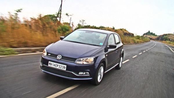 Toyota Etios Liva Vs Volkswagen Polo