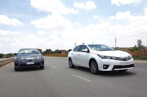 Toyota Corolla Altis Images 5