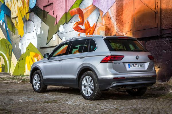 Volkswagen_Tiguan_36