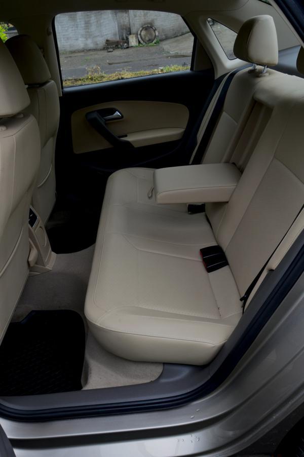Volkswagen Vento 14