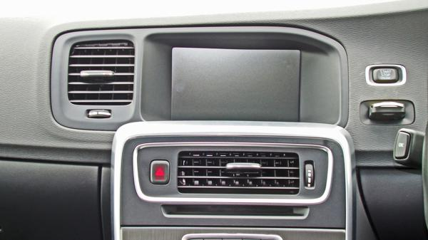 Volvo S60 Images 9