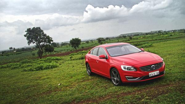 Volvo S60 Photos 1