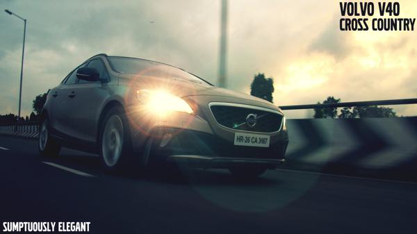 Volvo V40 Cross Country: Sumptuously Elegant - CarTrade