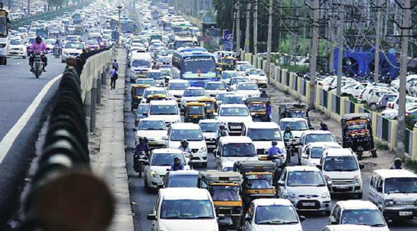 driving tips for city driving in slow traffic