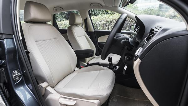 VolksWagon VW Ameo Interior First Look Review Carwale Photos Images Pics India 20160227 36