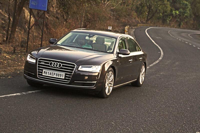 Audi A8 L Photos 13