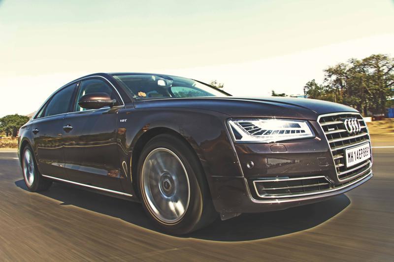 Audi A8 L Photos 19