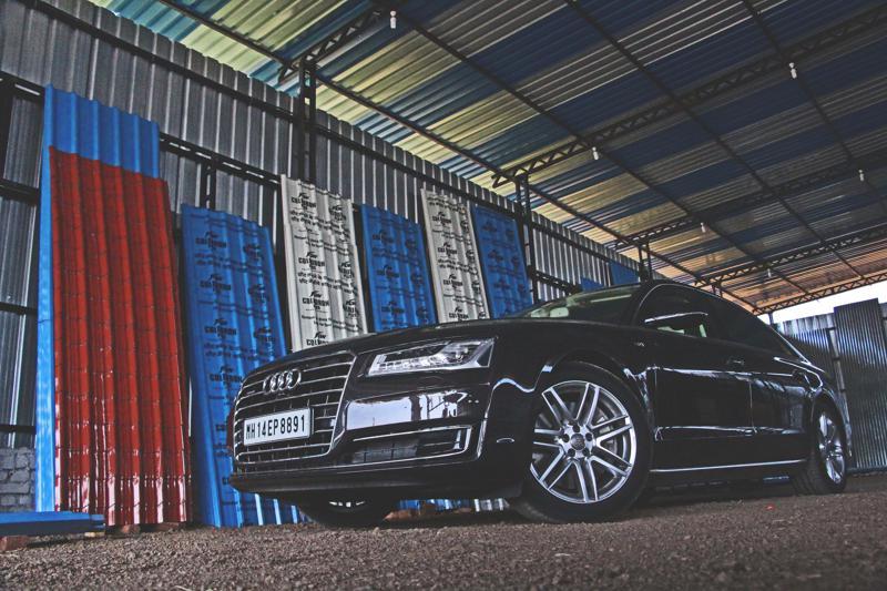Audi A8 L Photos 2