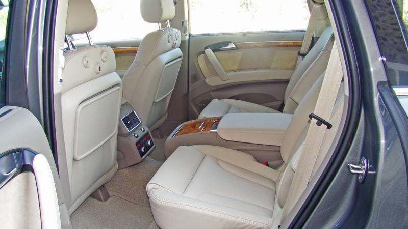 Audi Q7 Photos 24