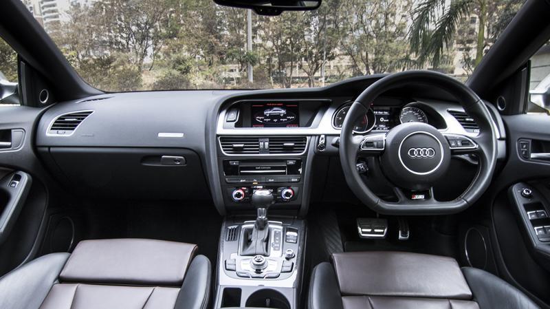 Audi S5 V6T Review Road Test CarTrade Interior Photos Images Pics India 20160219 01