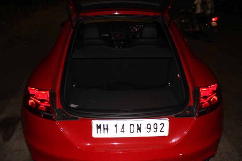 Audi TT bootspace