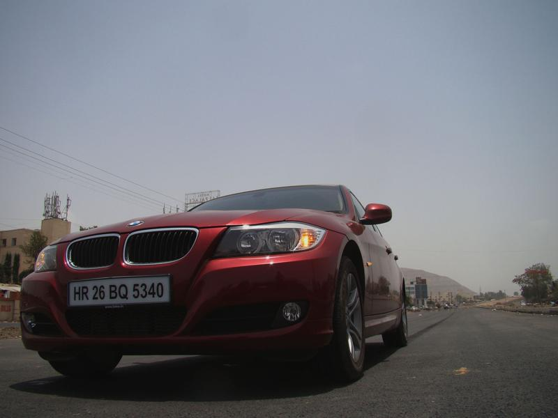 BMW 320D Picture 1