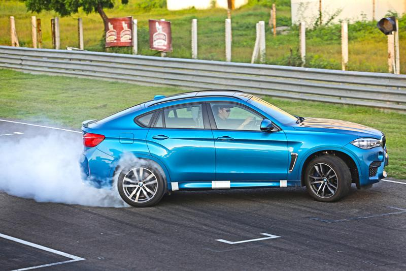 2015 BMW X6M Review