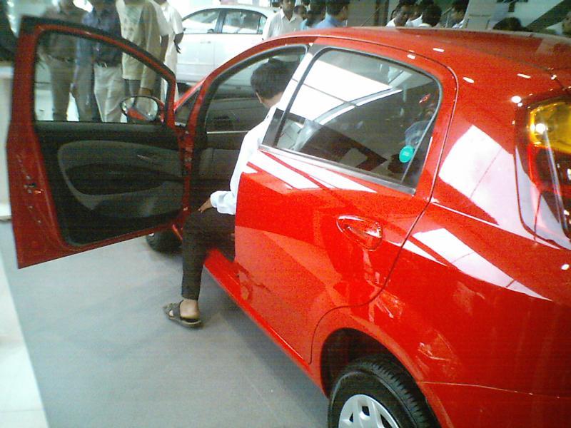 Fiat Grand Punto Car Rear Left Side View