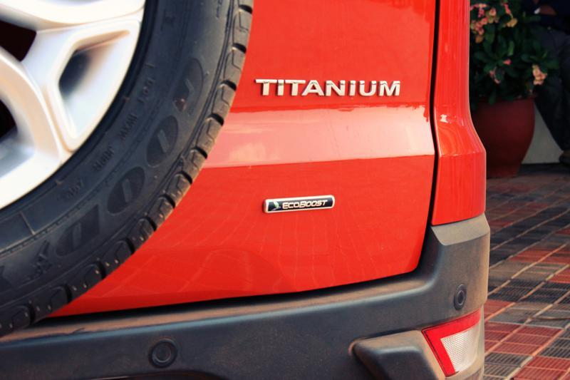 Ford EcoSport Titanium Logo