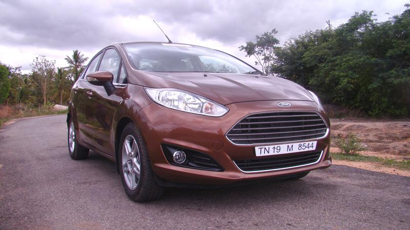 2014 Ford Fiesta Images 25