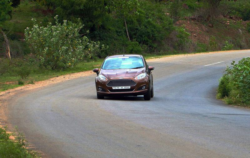 2014 Ford Fiesta Images 31