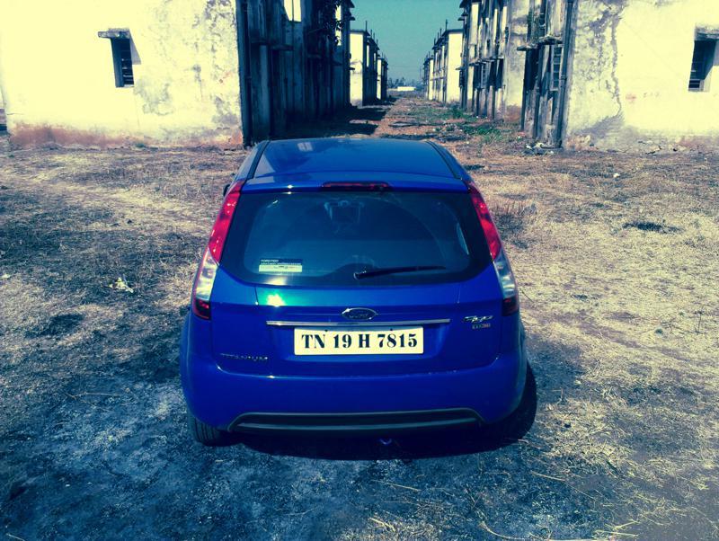 Ford Figo 2012 back image
