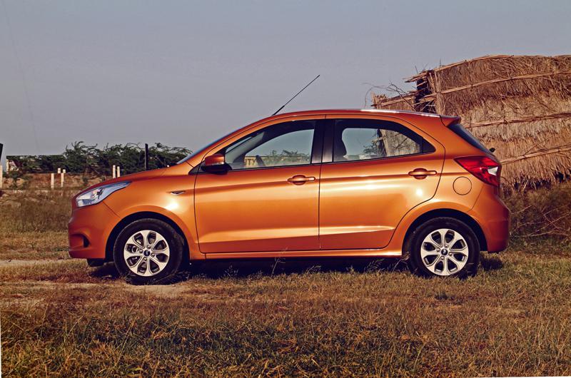 Ford Figo Images 1