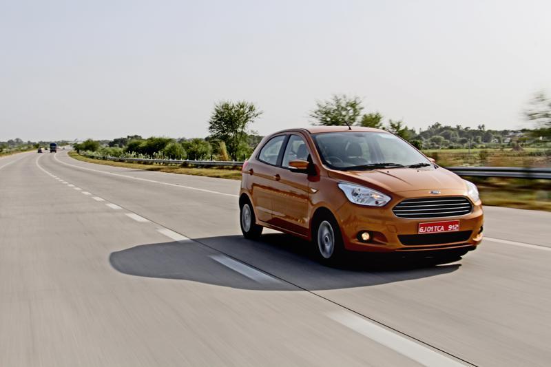 Ford Figo Images 17