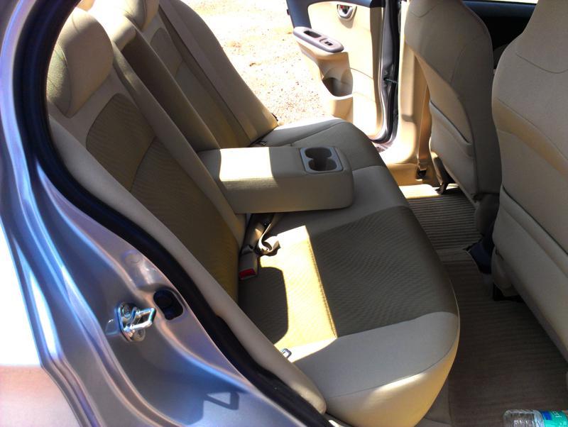 Honda Amaze rear armrest