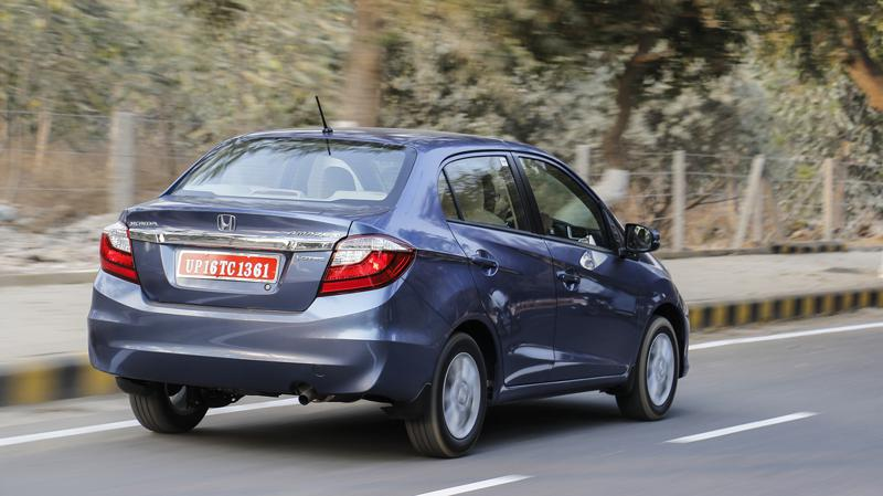 Honda Amez New First Drive CarTrade Photos Images Pics India 20160303 72
