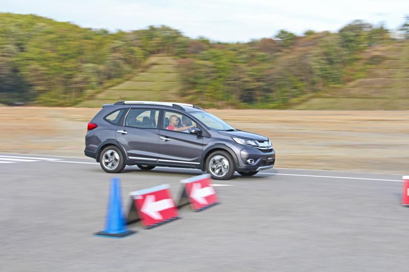 Honda BR V Images 14