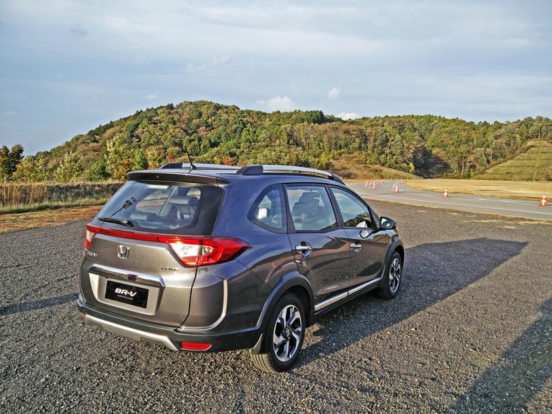Honda BR V Images 23