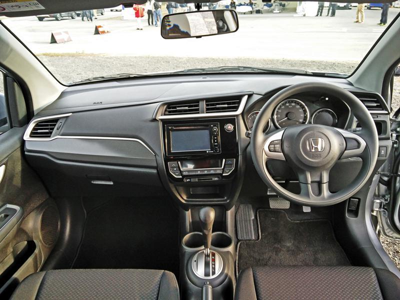 Honda BR V Images 30