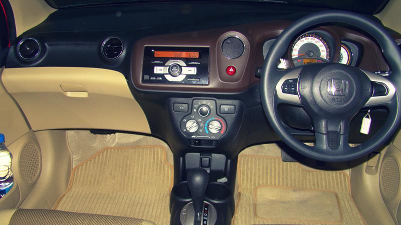Honda Brio Gear