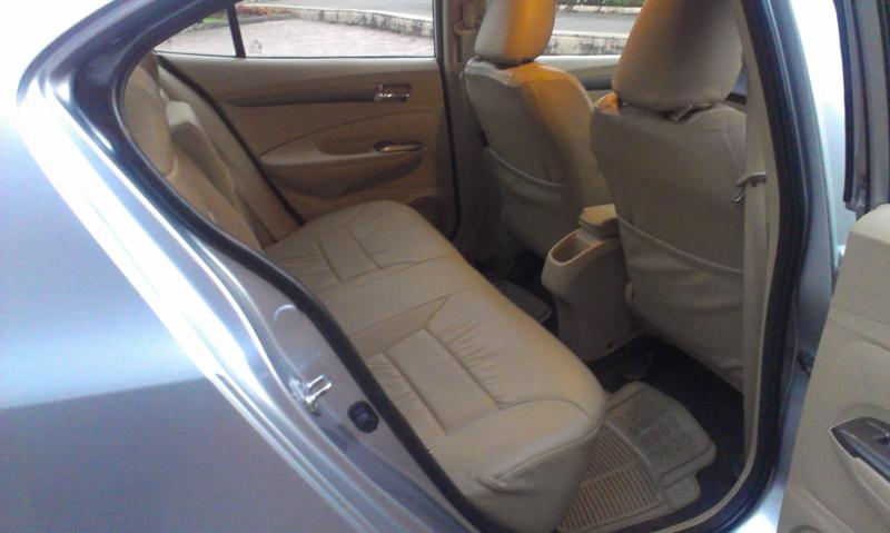 Honda City rear legroom
