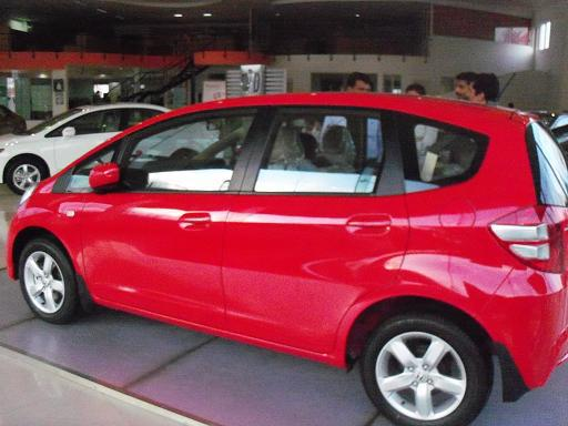 Honda gets Jazz-ier at a reduced price - CarTrade