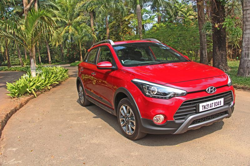 Hyundai i20 Active Pictures 6