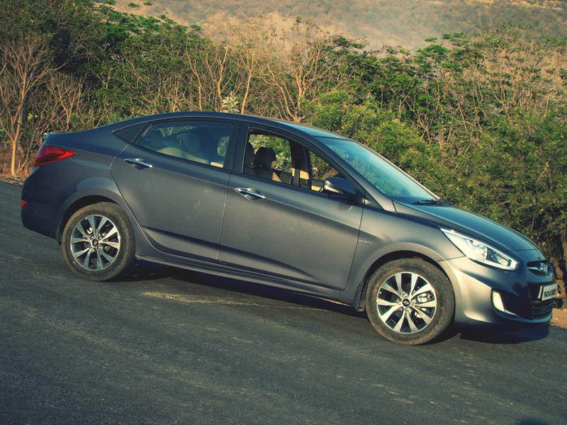 Hyundai Verna Images 21