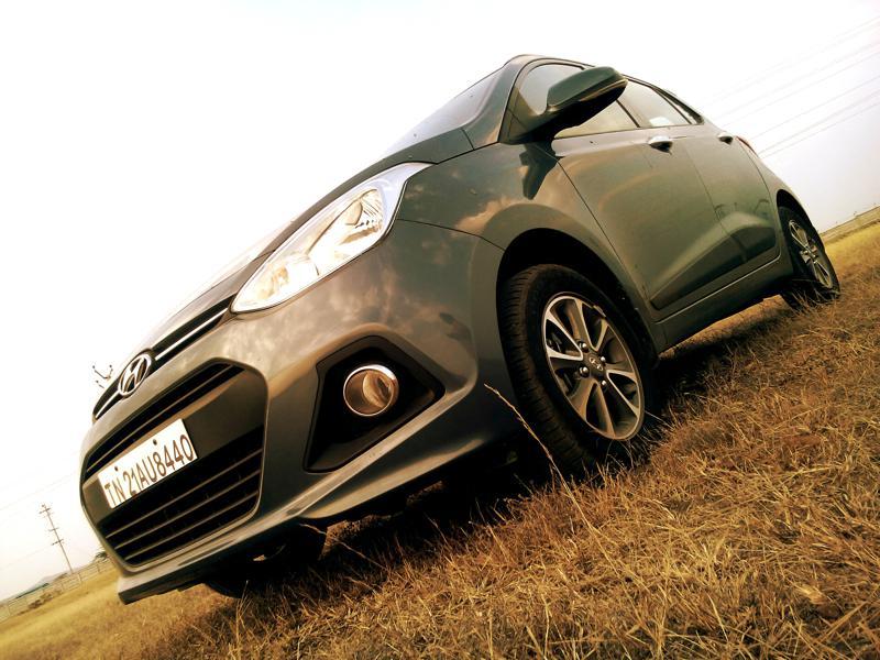Hyundai Grand i10 Petrol Images 11
