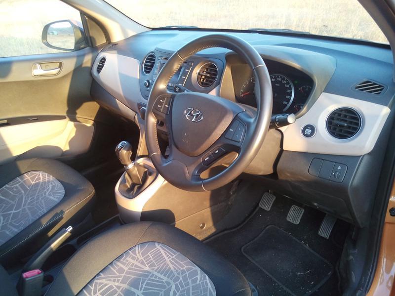Hyundai Grand i10 Images 1