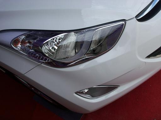Hyundai Neo Elantra Fluidic Picture 19