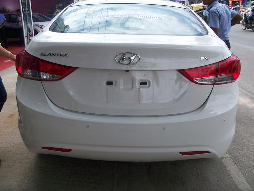 Hyundai Neo Elantra Fluidic Picture 43