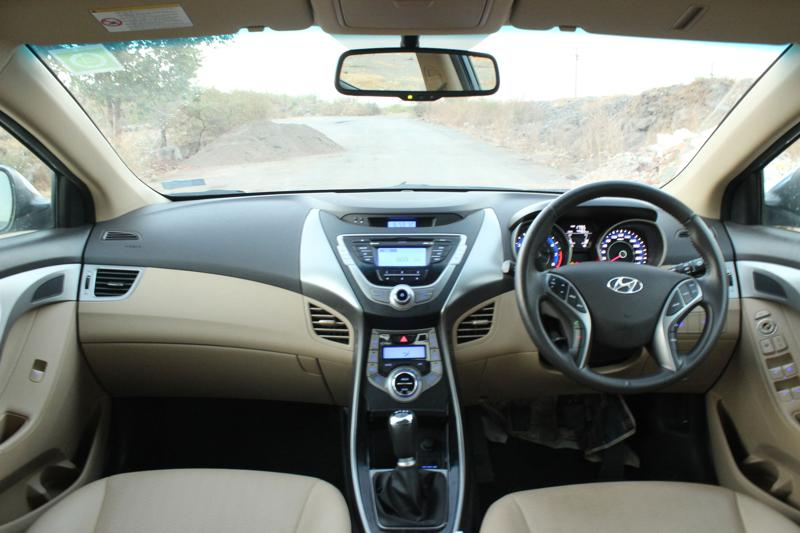 Hyundai Elantra Dashboard panel