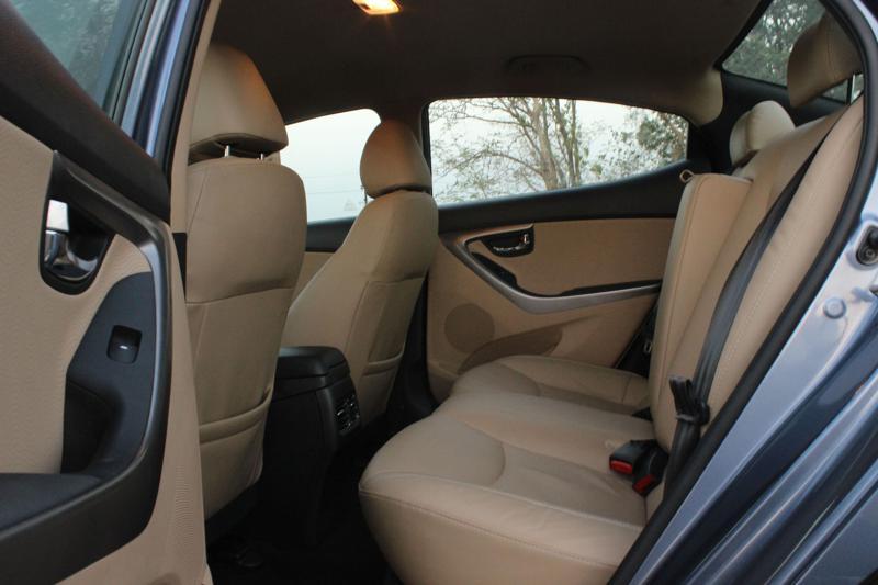 Hyundai Elantra legroom