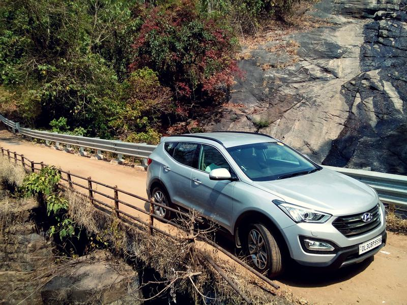 Hyundai Santa Fe Pictures 16