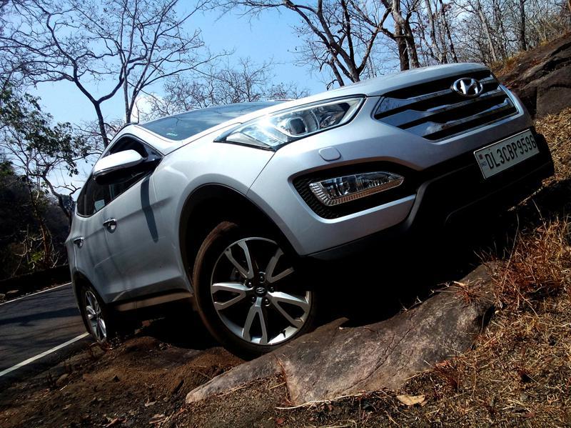 Hyundai Santa Fe Images 15