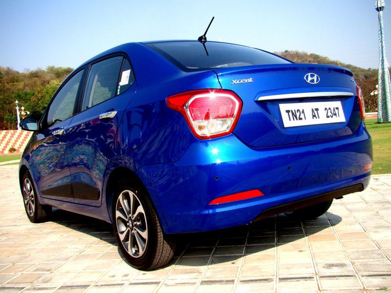 Hyundai Xcent Pictures 2