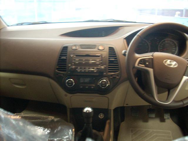 Hyundai i20 Picture 026
