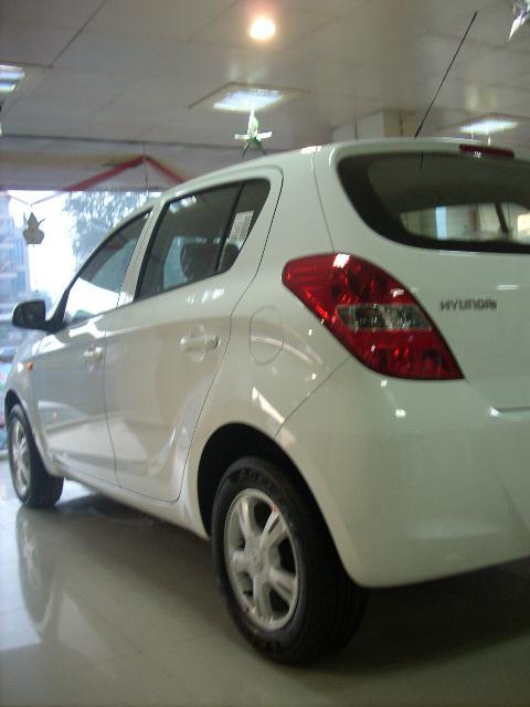 Hyundai i20 Picture 031