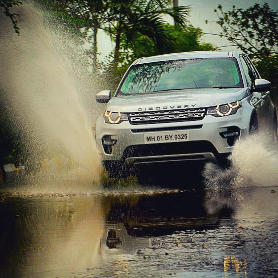 Land Rover Discovery Sport : New Baby Land Rover