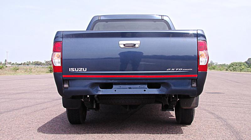 Isuzu D Max Photos 17