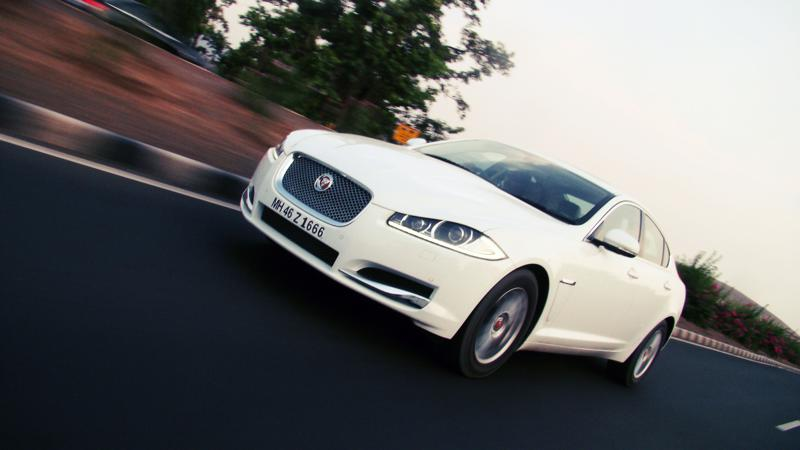 Jaguar XF Pictures 20