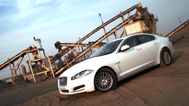 Jaguar XF Pictures 21